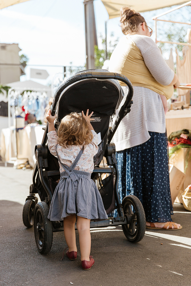 ShopUp LA November 2017 pushing the stroller