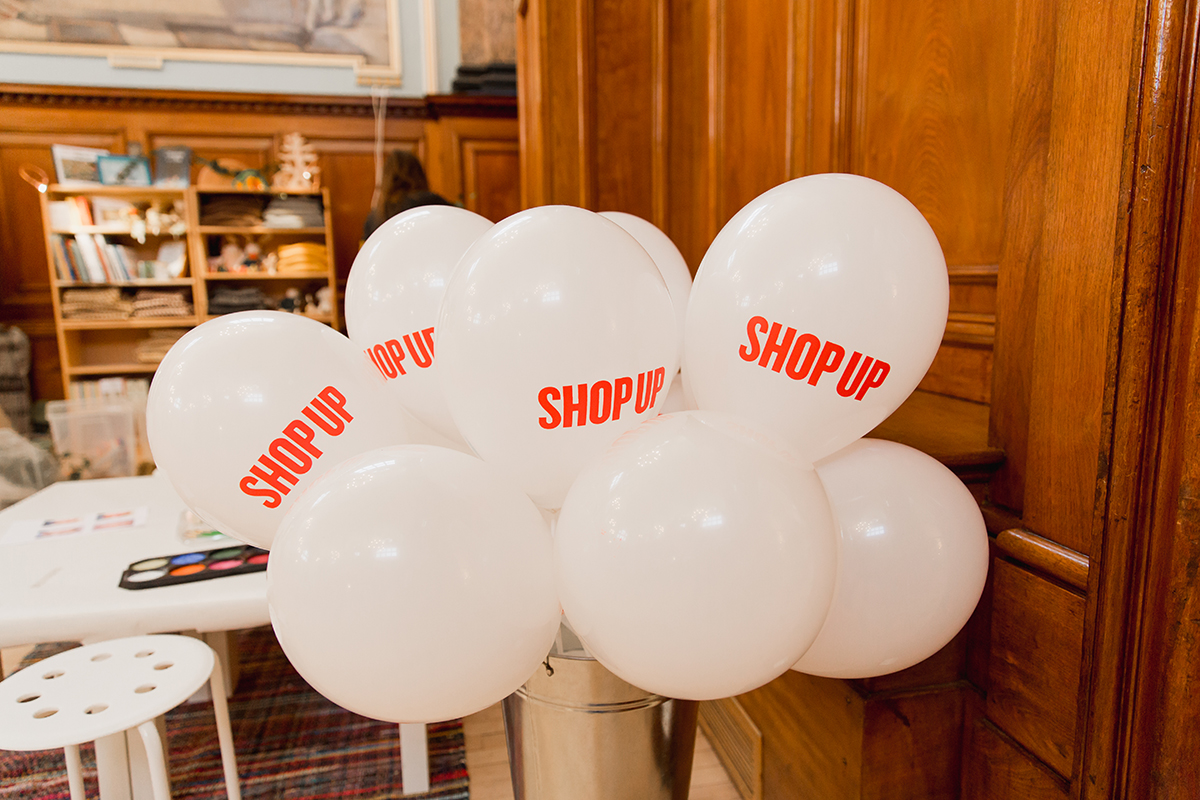 ShopUp London Holiday 2018 balloons