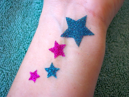Glitter tattoos parent approved babyccino kids daily for Where to get glitter tattoos