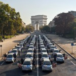 autolib-electric-car-sharing-scheme-Paris-France-Arc-Triumph-SGB-em