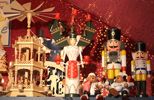 ChristmasMarket_Nutcracker
