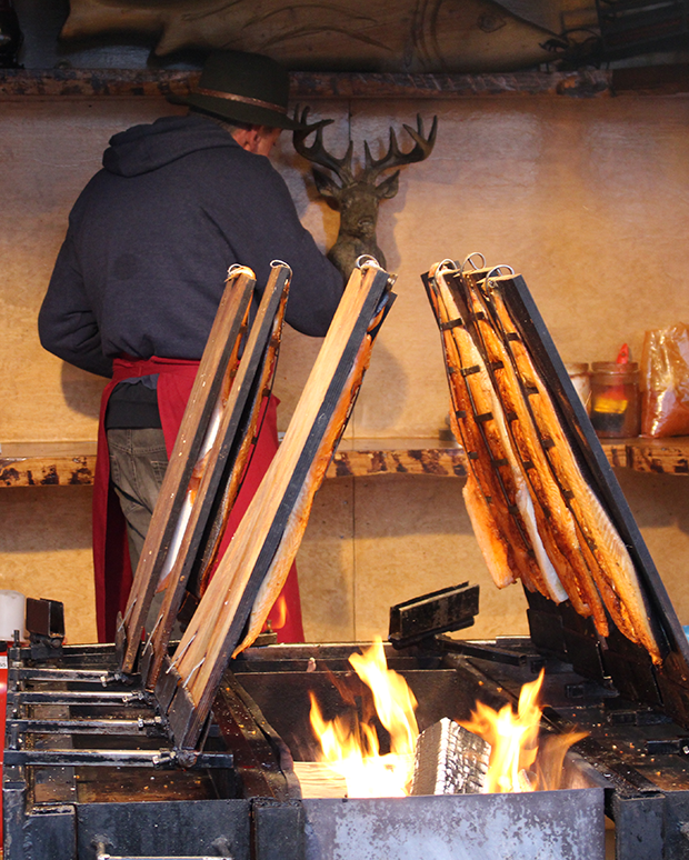 ChristmasMarket_Smoked_Salomon