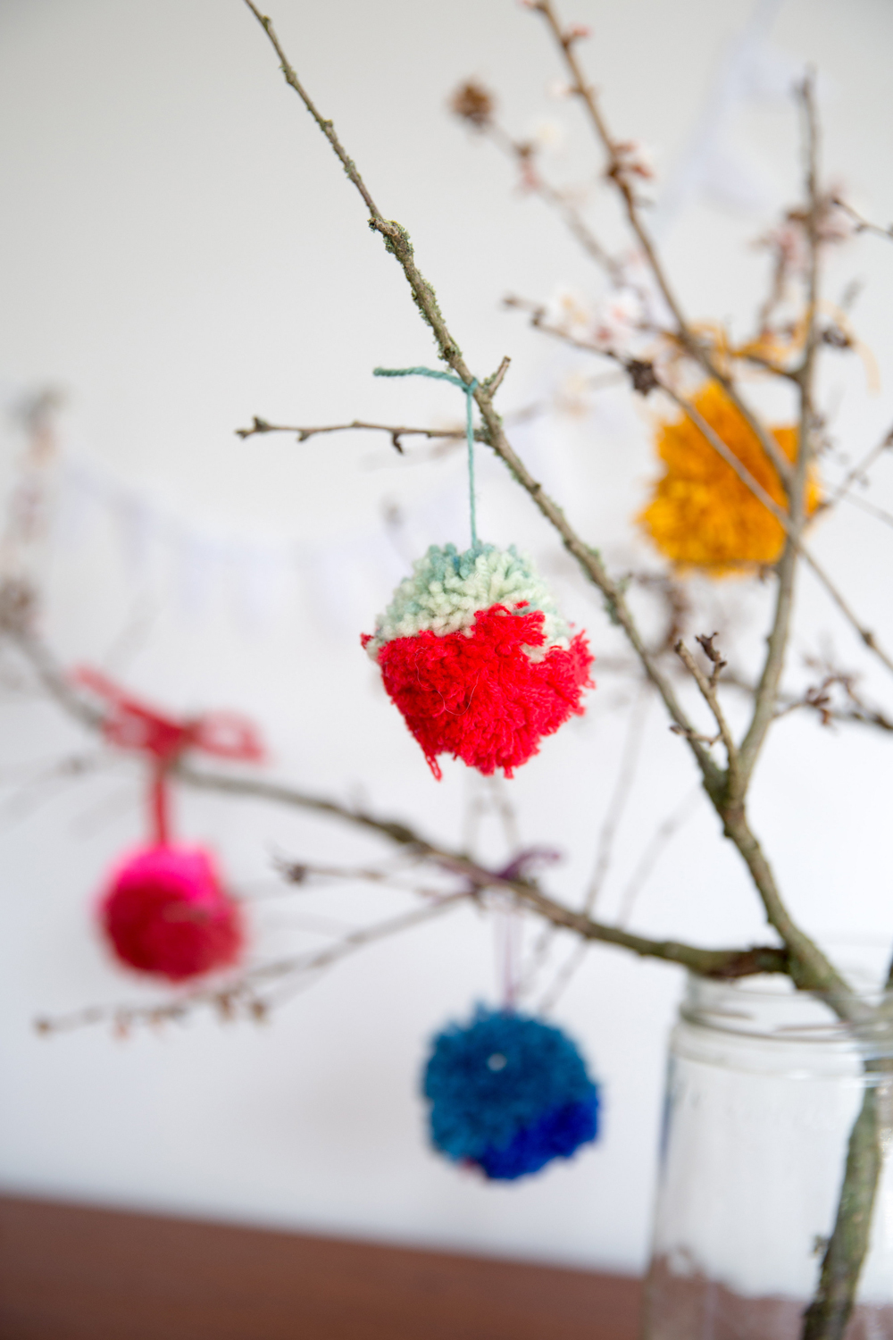 The Little Things, making pompoms for a colourful spring branches bouquet