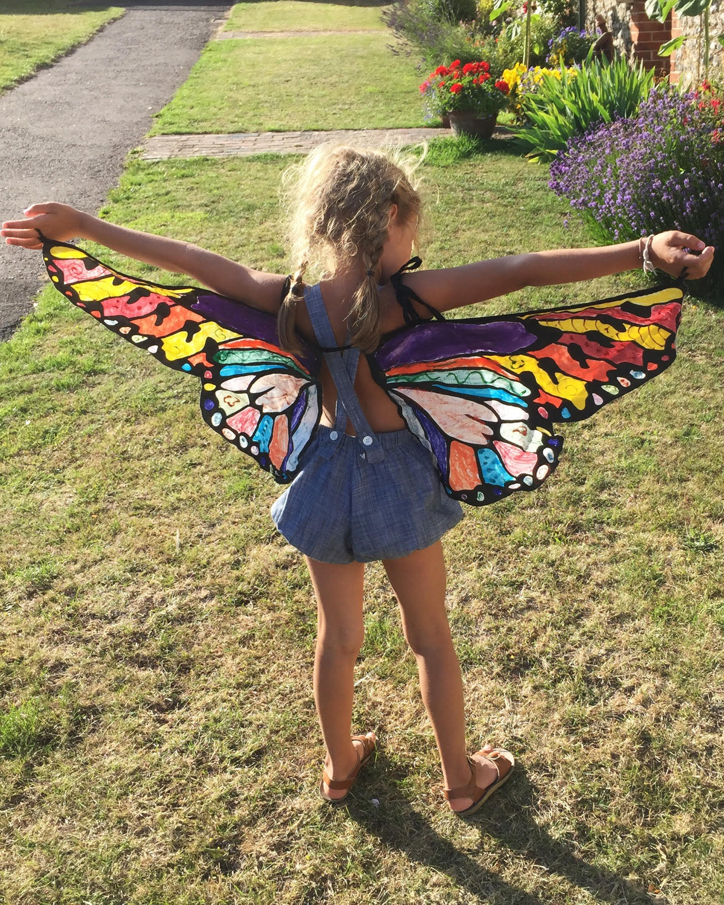 Ivy with butterfly wings
