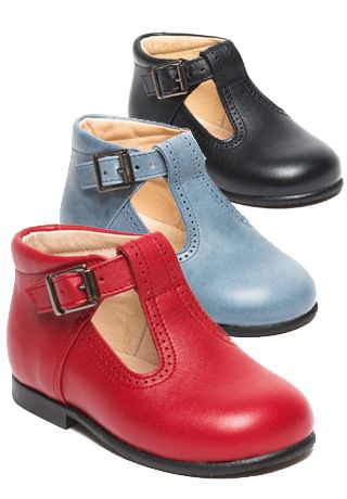 e214fdf25874a0 MENTHE ET GRENADINE. Timeless children shoes with a French twist