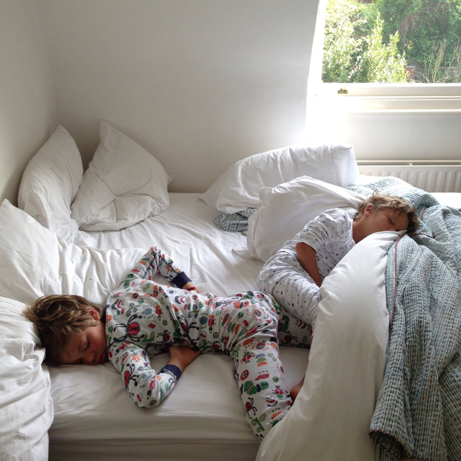 Shared Boys Bedroom Storage: Do (or Would) Your Kids Share A Bed? Babyccino Kids: Daily