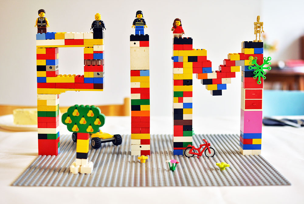 Lego-Party-centerpiece