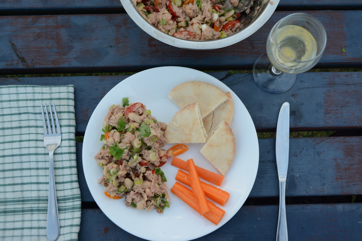 Italian tuna and bean salad