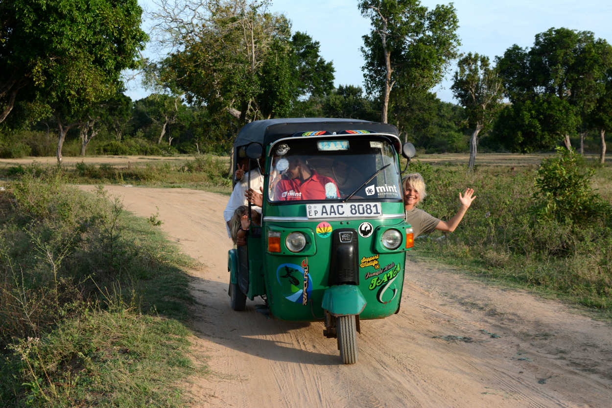 easton-in-tuktuk