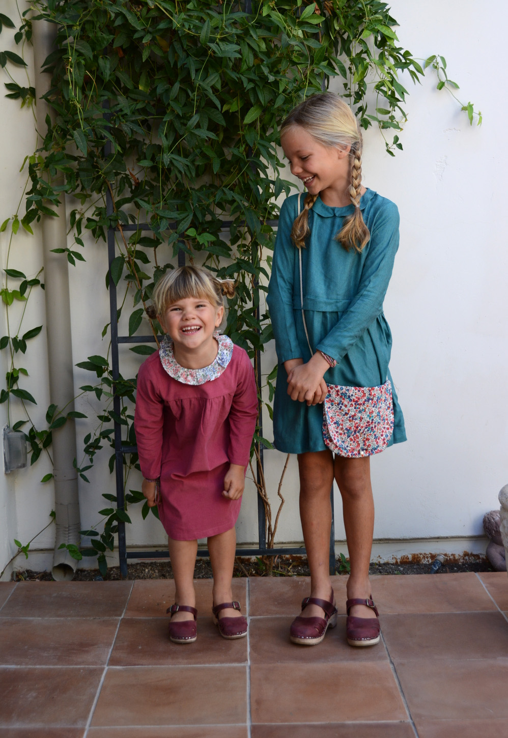 girls-in-marie-puce-dresses