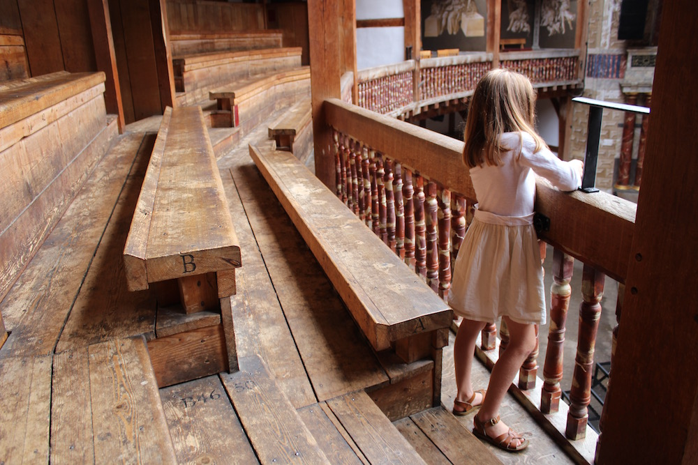 shakespeares-globe-looking-down