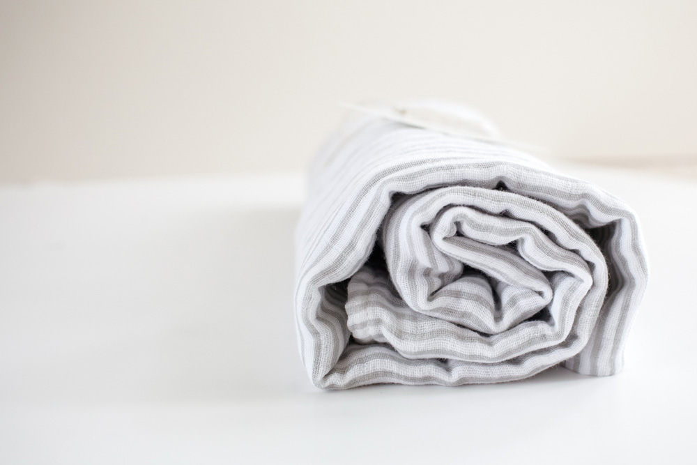 molly-and-moo-swaddle