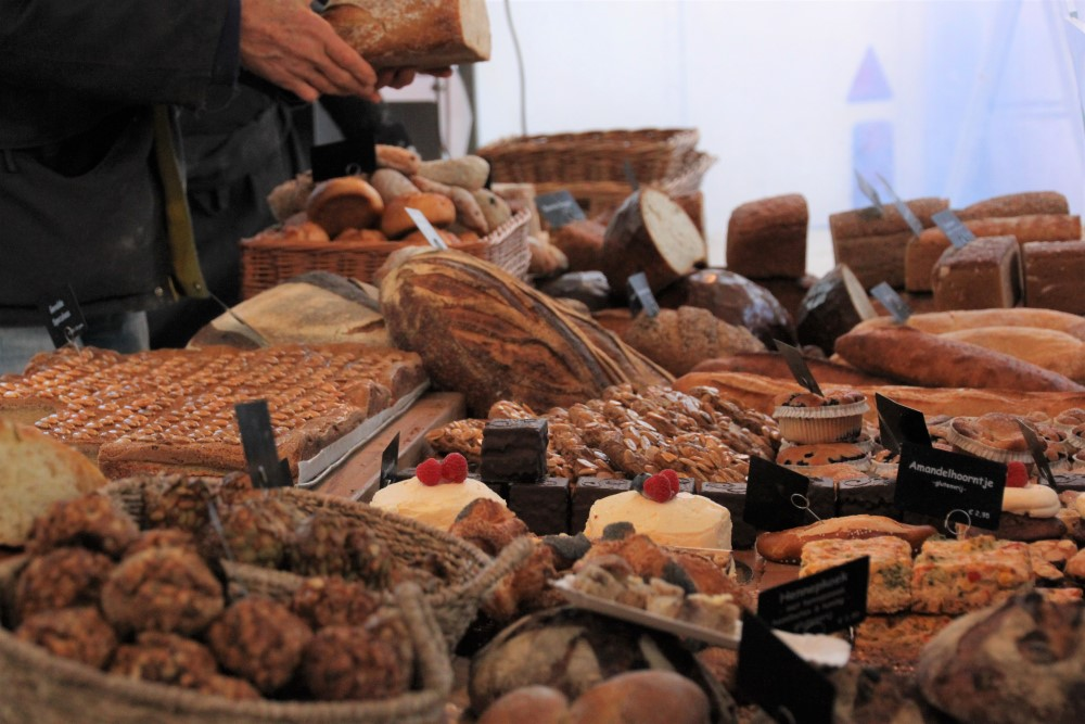 bakery-goods-at-noordermarkt