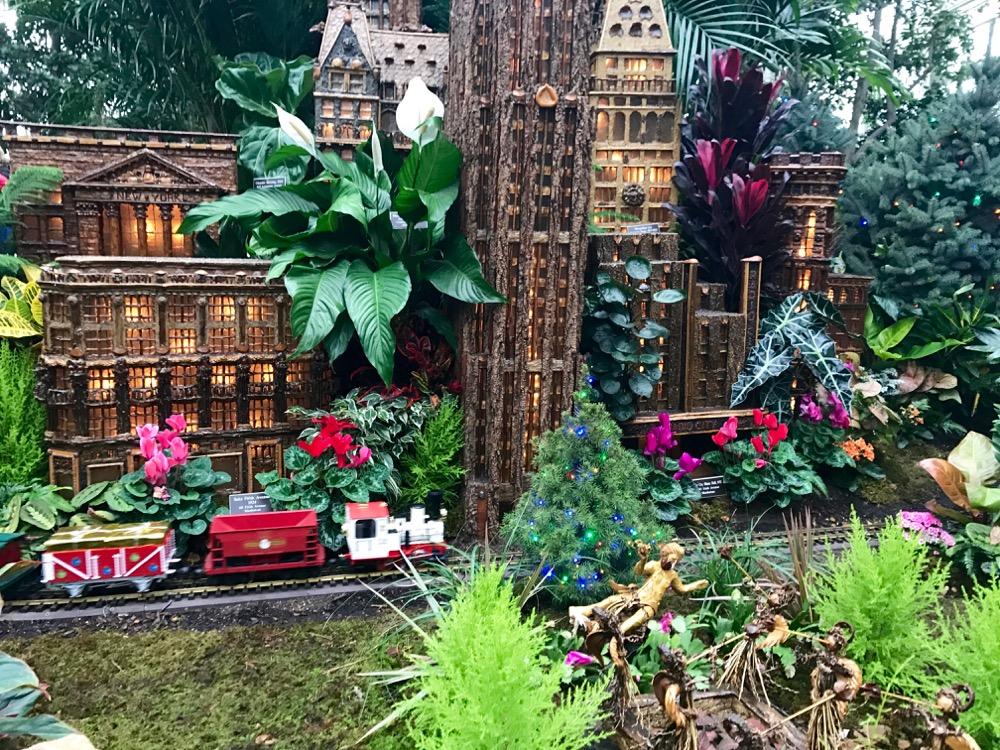 Holiday Train Show at the New York Botanical Garden Babyccino Kids ...