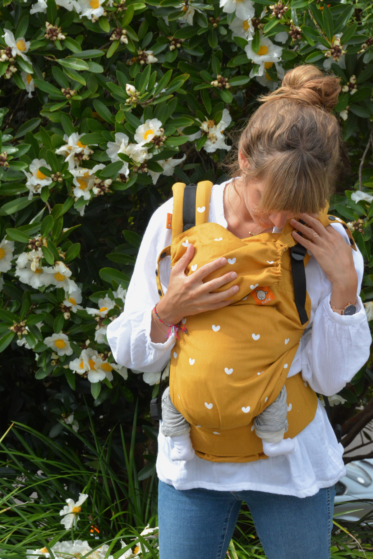 003f712f9e1 The new Free-to-Grow baby carrier by Tula Babyccino Kids  Daily tips ...