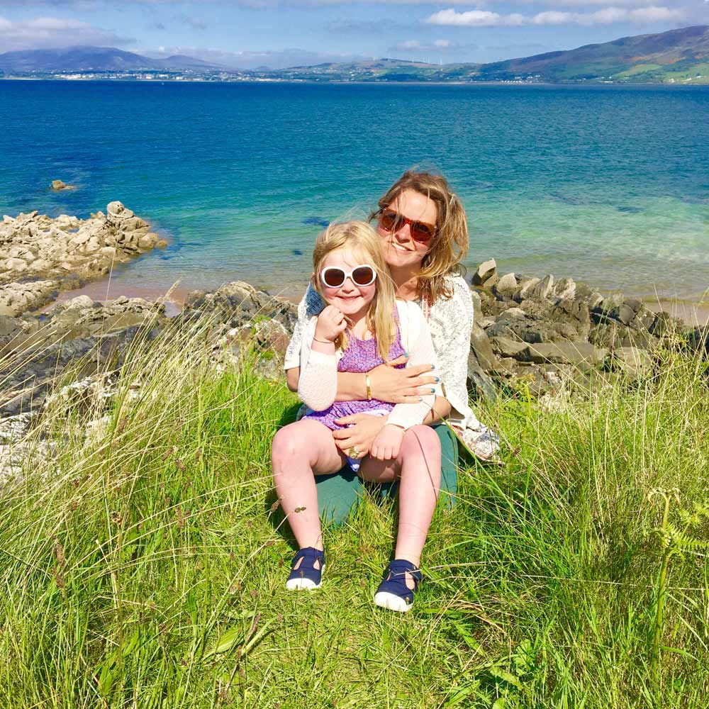 irish coast mum daughter